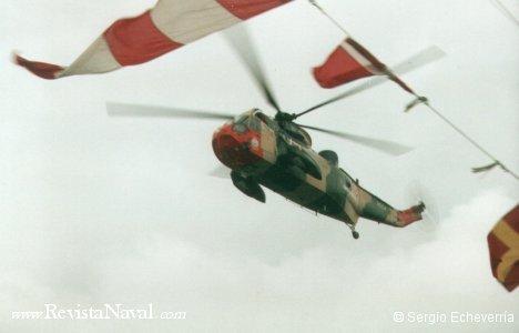 Exhibición aérea a cargo de los Sea King