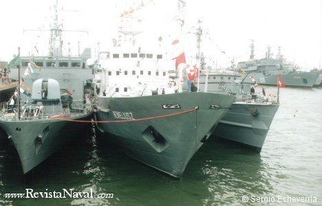 Varios buques de marinas europeas