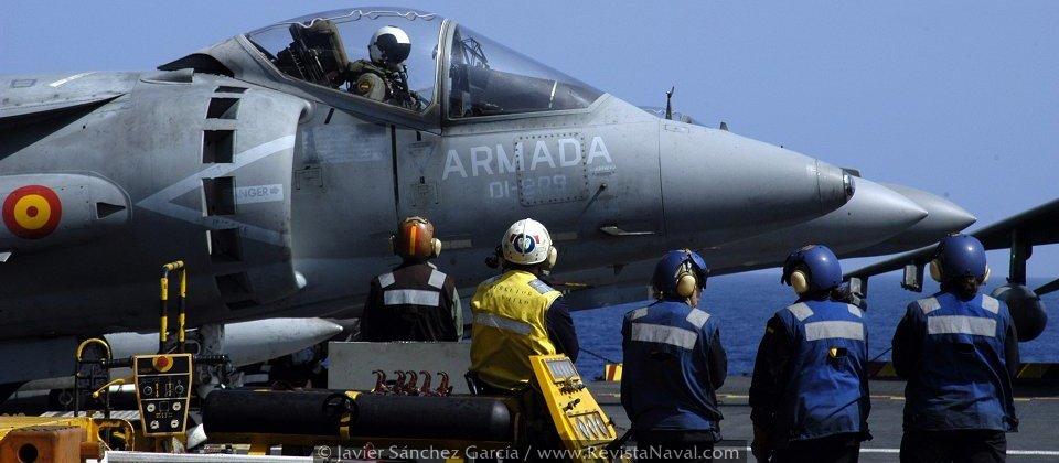 La Armada mantendrá su flota de Harrier II AV-8B Plus más allá de 2025