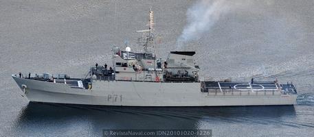 Patrullero P-71 «Serviola». Se pensó en construir hasta 16 de estos buques en los años 90 pero la serie quedó reducida a las 4 unidades iniciales (Foto: Revista Naval)