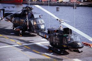 Una imagen de otro tiempo, helicópteros de la 3ª y 5ª escuadrilla a bordo del «Dédalo» R-01 (Foto: Camil Busquets i Vilanova/Revista Naval)