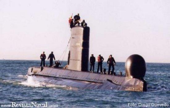 22 de enero de 2003, a las 10'30 horas, el submarino Narval enfila por última vez la boca de su puerto base en Cartagena