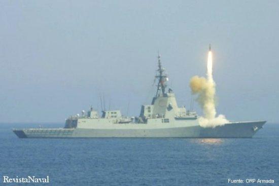 Lanzamiento de un misil SM-2 (Foto: ORP Armada).